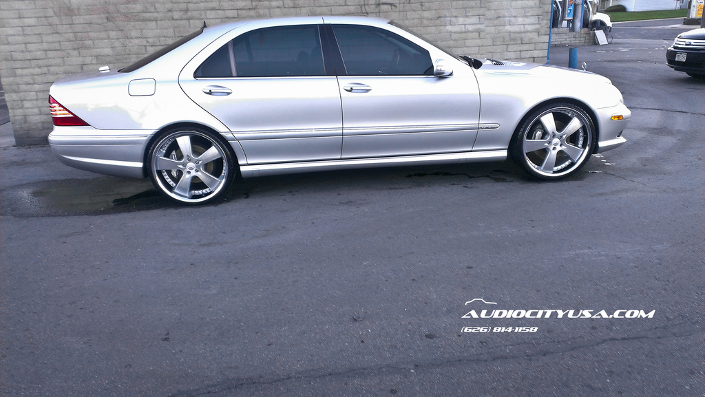 Mercedes benz s class custom wheels donz ferrigno 22x8 5 for Mercedes benz tire sizes