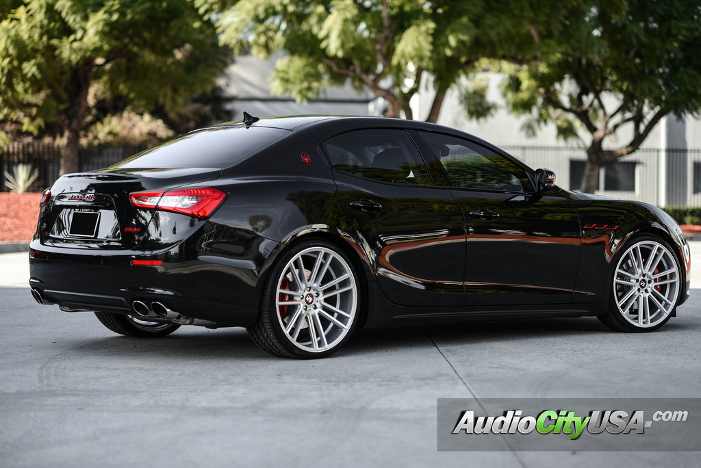 Maserati Ghibli Custom Wheels Koko Kuture Massa 7 22x9 0