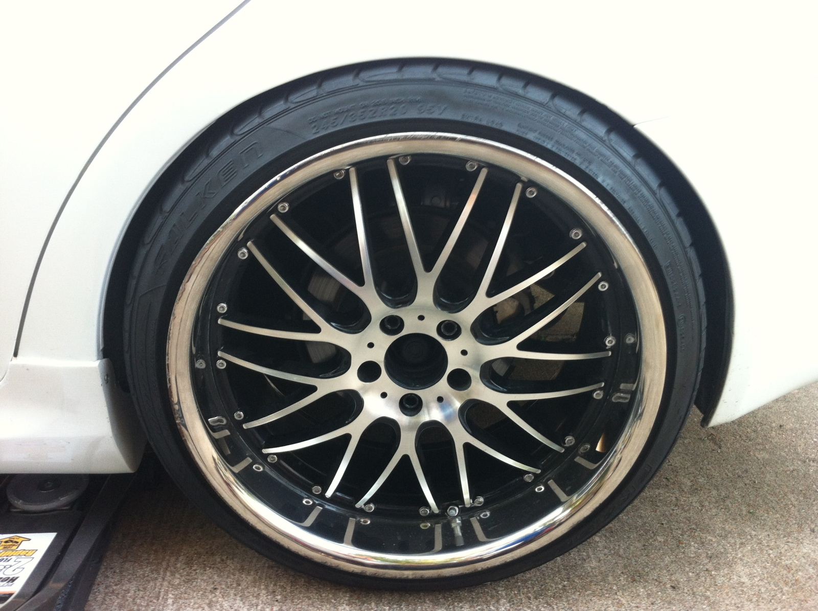 lexus is 250 custom wheels 20x10 5 et 25 tire size 245. Black Bedroom Furniture Sets. Home Design Ideas