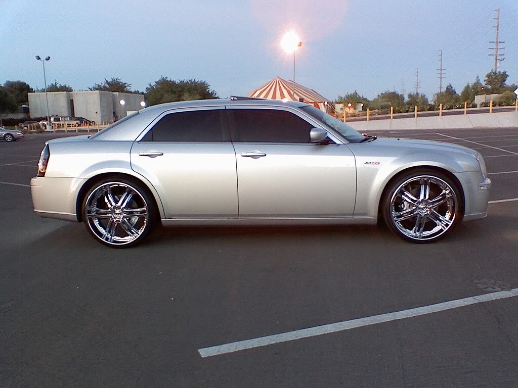 chrysler 300c custom wheels dropstar ds03 24x10 0 et 18. Black Bedroom Furniture Sets. Home Design Ideas