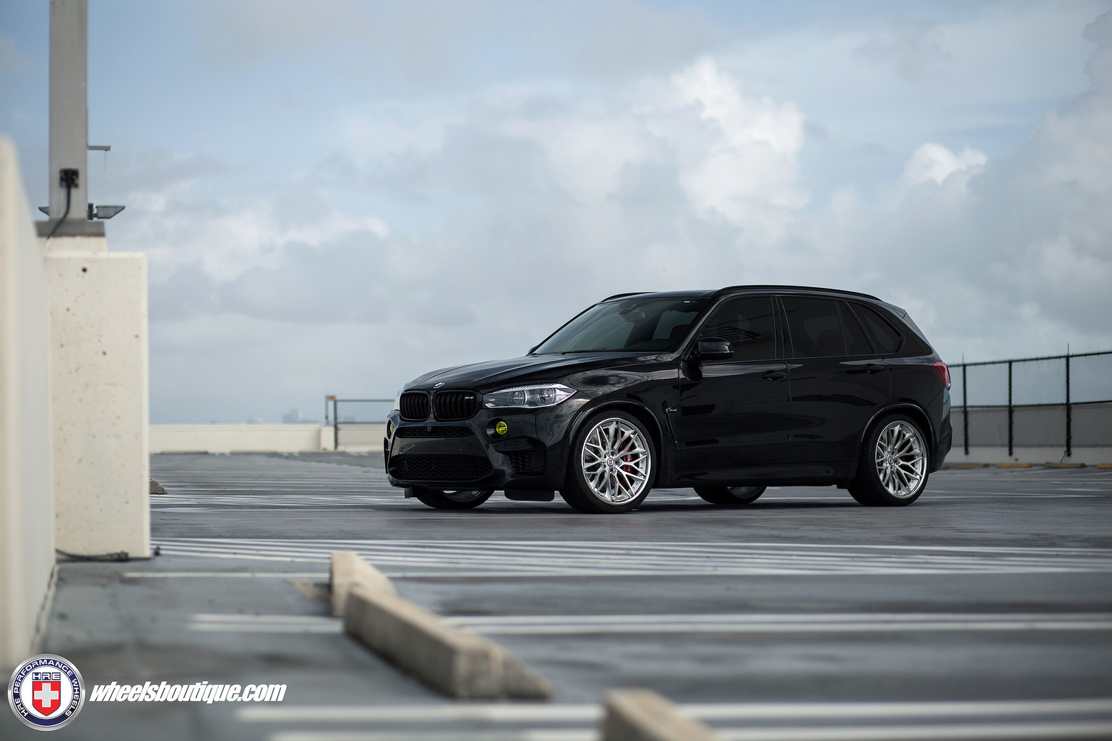 Bmw X5 M Custom Wheels Hre S200 22x10 5 Et Tire Size
