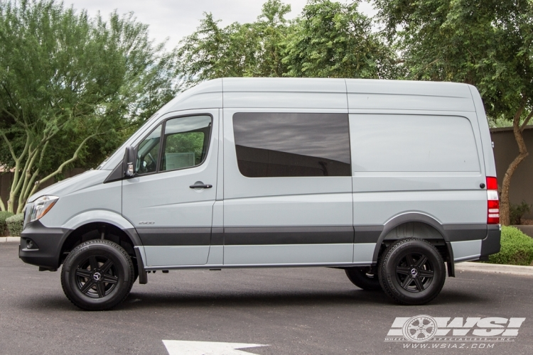 Mercedes-Benz Sprinter custom wheels Mandrus Atlas 17x, ET ...