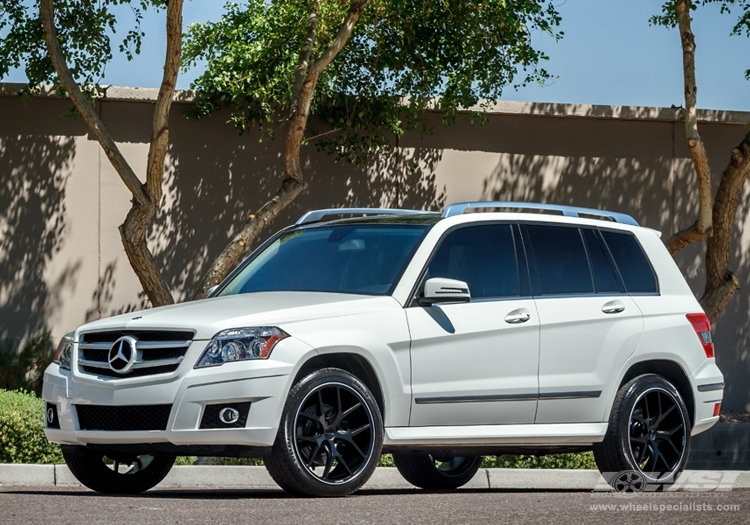 Mercedes benz glk class custom wheels giovanna portofino for 2012 mercedes benz glk class