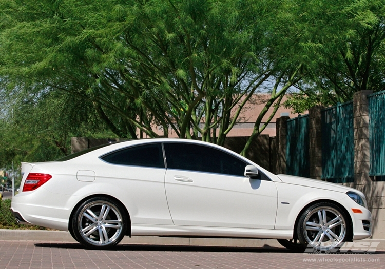 Mercedes benz c class custom wheels vossen vvs 085 20x et for 2012 mercedes benz c300 tire size