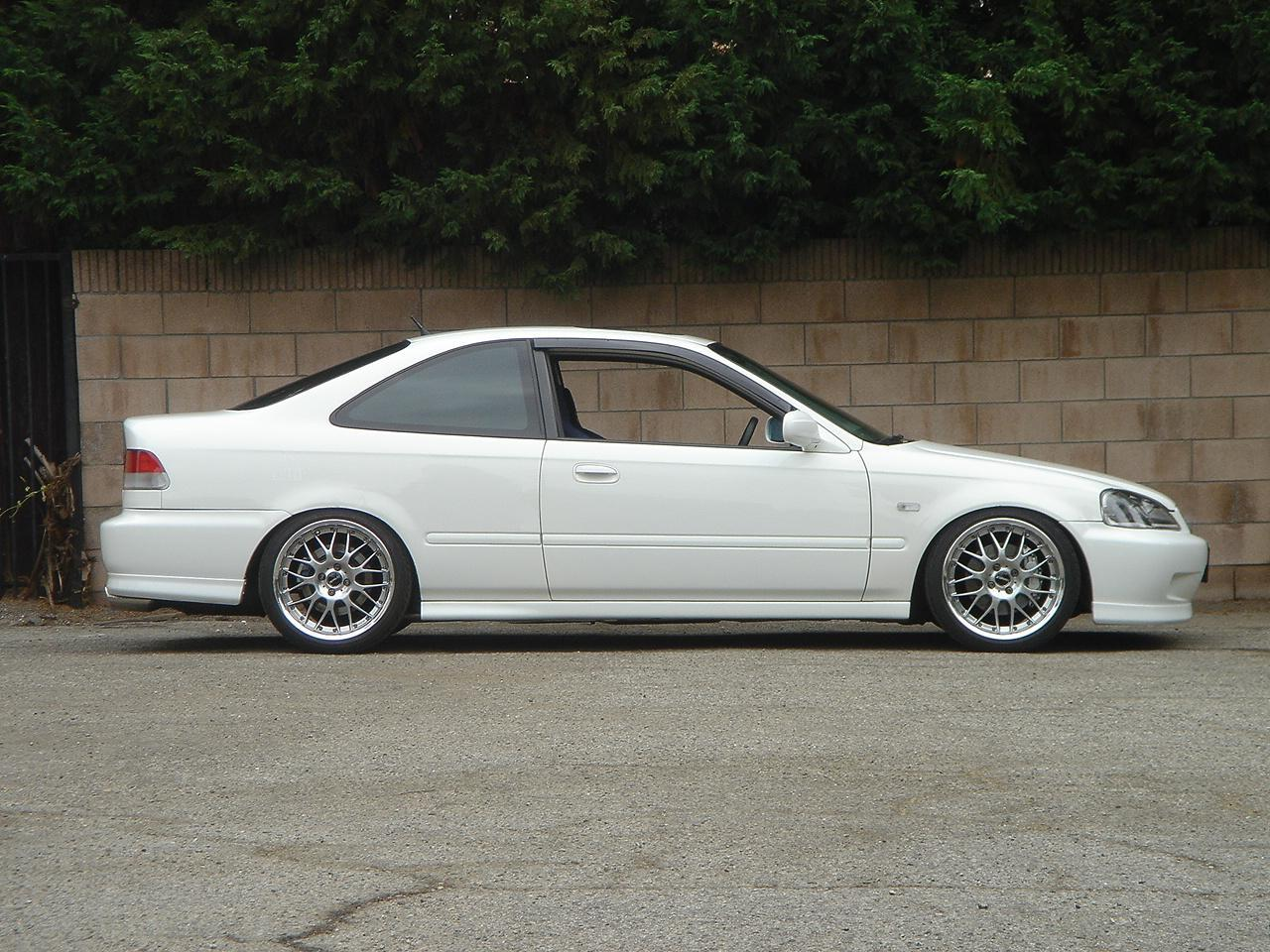 High Quality Photo 3 Honda Civic Custom Wheels WORK Termist TM 1 Reloaded 17x8.0,